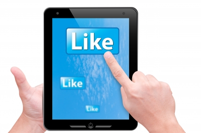 Why Your Small Business Should be Using Facebook